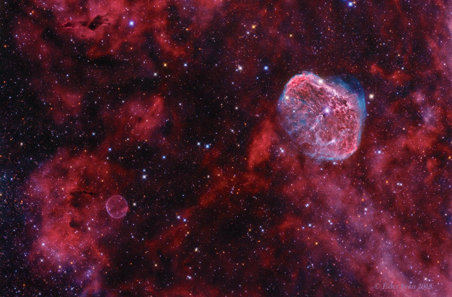A Sarló és a Szappanbuborék-köd (NGC 6888)