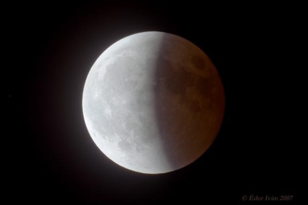 Holdfogyatkozás 2007 március 3-án  - a részleges fázis